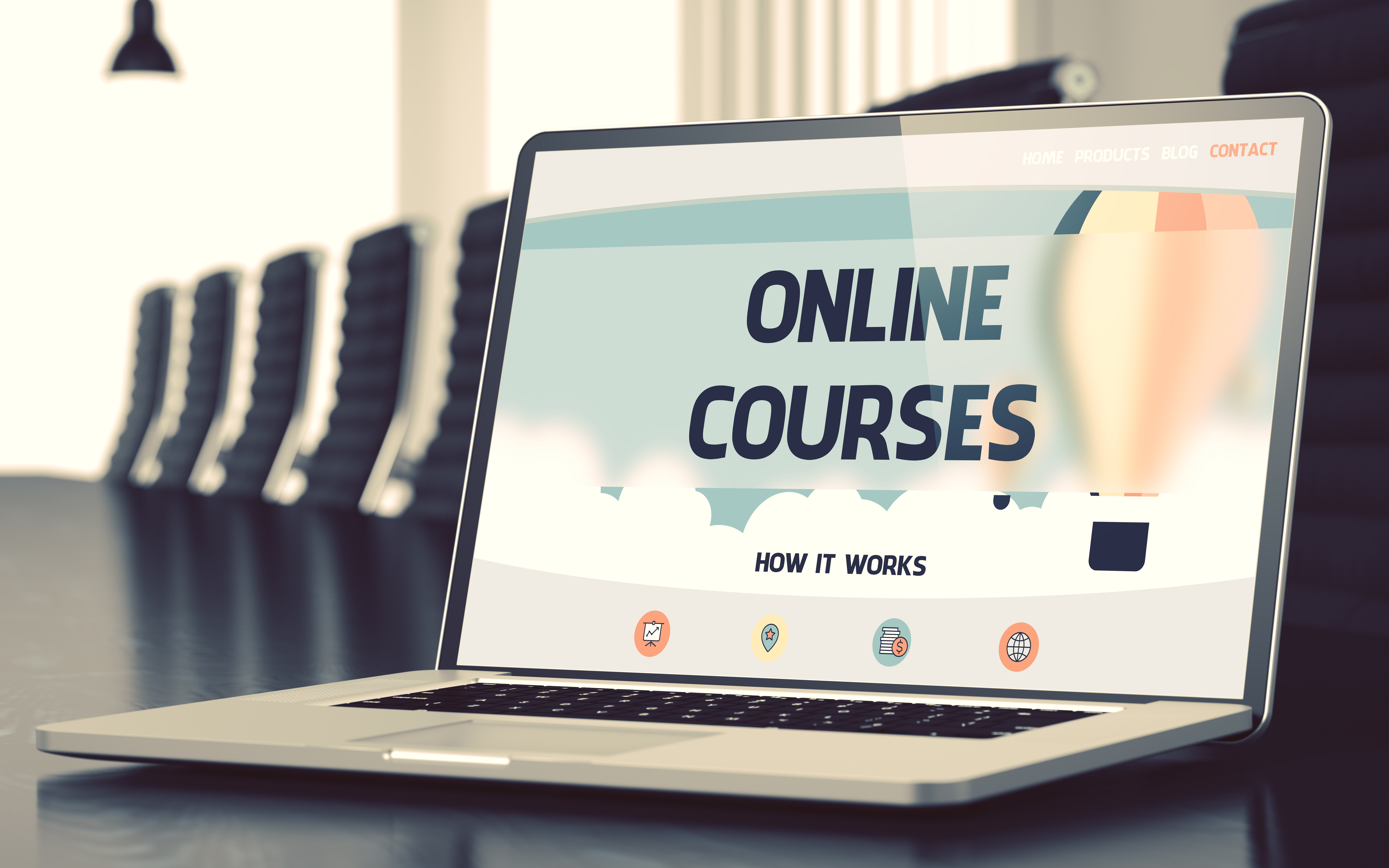The Advantages of Online Courses During a Global Pandemic